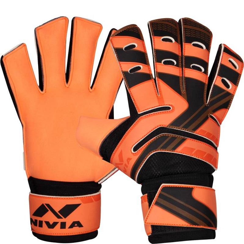 a267541dd63 Buy Nivia Blaze Football Goal Keeper Gloves Online at Low Prices ...